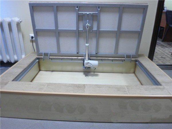 механизм открывания люка в подвал